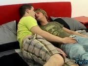 Sexy gay Bareback Foot Loving Boys