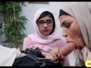 Mia Khalifa e sesso anale con Hussein e Fatima