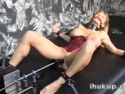 Chained and machinefucked - Free Se