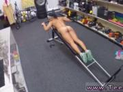 Latina futbol Muscular Chick Spreads Eagle For Cash!