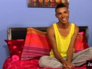 Gay movie of Robbie Anthony is the ideal twink: boyish,