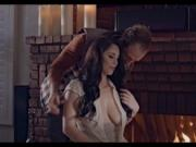 Busty young wife Noelle Easton screwed up and creampied