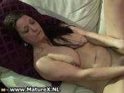 Slutty mature housewife loves to fuck her own wet pussy