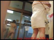 Japanese bathroom voyeur 4-2