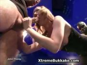 Nasty blonde babe gets her cunt fucked while she sucks