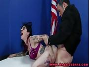 Tattooed gothic chick makes out with the president in front of an audience