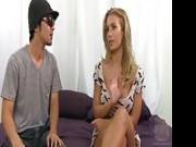 La meravigliosa Nicole Aniston scopa con un asiatico