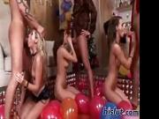 Feste con palloncini e cazzi