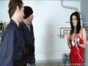 MILF need to get fucked