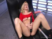 Stunning Blonde Babe Gets Fucked