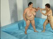 BBWs in the ring naked