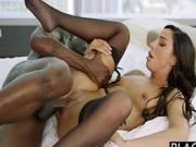 Escort Tiffany shocked by his black girth