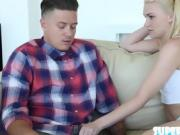 Horny babe Jessie gets fucked by dude