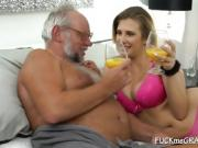 Babe Valery Lets Gramps Fuck