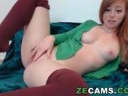 Redhead kitty masturbation