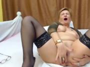 Mature in Webcam - watch more on dirtycamgirl.us