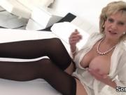 Adulterous uk milf gill ellis exposes her huge boobs