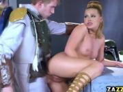 Boba fuck spread Princess Lays pussy and fuck it hard