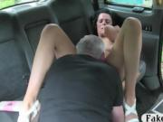 Busty amateur passenger gets drilled by fake driver
