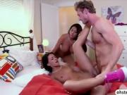 Gorgeous babe Kelly in threesome sex