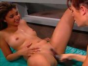 Sexy Lesbians Get Dirty In The Lockerroom