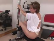 Unfaithful british mature lady sonia shows her enormous breas