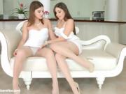 Darling Bruntte Lesbians Share Kiss And Lick Pussy