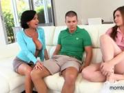 Veronica Avluv amazing threeway session with Emma Ryder