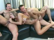 Hot Babe Vivien Loves To Suck And Ride On Cock