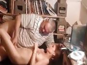 Making a sextape with the body cumshot on the sofa