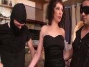 Regina double penetrated in her restaurant