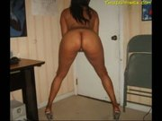 Hot chubby black chick loves a faceful