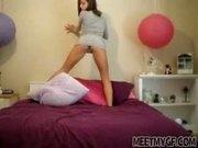 Teen Girl Hot Webcam Strip