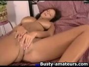 Wenys fingerfucks her pussy in different positions