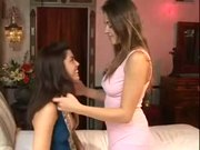 Marlena and Elexis make out on the bed