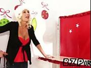 Diana Prince & Puma Swede - Mommy Got Boobs - BZPorn.se