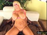 Alexis Golden MILF Alexis sodomized