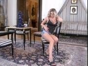 Denisa sexy strip