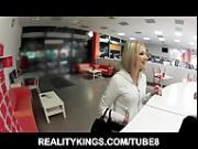 Hidden camera catches blonde masturbating in her tanning bed