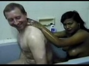 Desi girl fucked in the bath tube