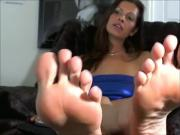 Soft toes so close to camera