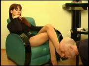 Mature footboy on knees for redhead
