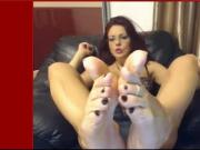Foot tease in glasses and toering