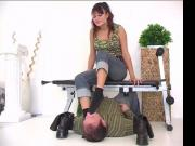 Pretty German teen Celine uses footslave for perverted enjoyment