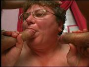Granny gets jizz on her glasses