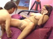 Pudgy dark-haired mom eats sexy puma's meaty pussy on the couch