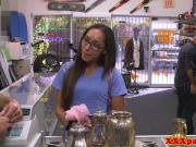 Latina pawnshop amateur cocksucking for cash