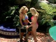 Emerald and Anita Cannibal fucking pussy