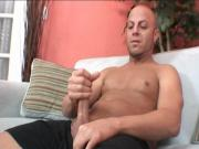 Big dick dude jerking off solo