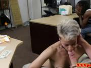 Tatooed black babe pawns pussy for cash